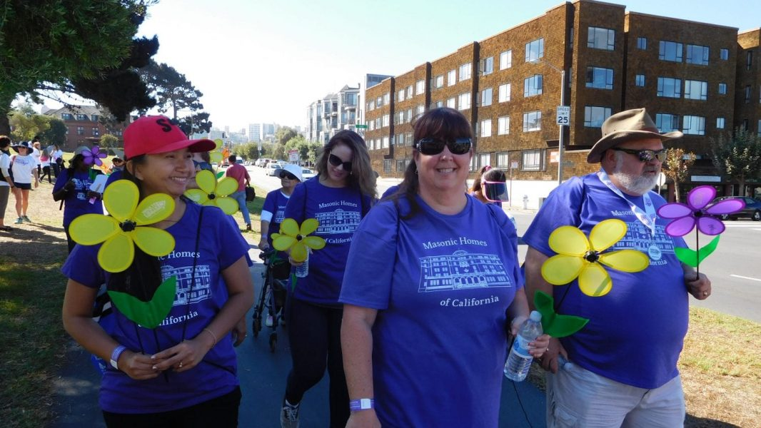Walk to End Alzheimers - photo of Jeanette Perry Gary Charland and walkers